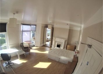 7 bed shared accommodation to rent in 80 Bryn Road, Swansea SA2