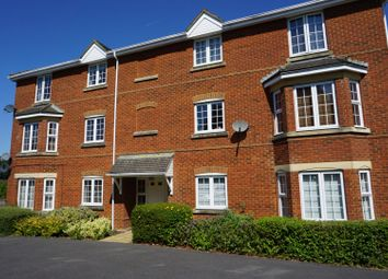Thumbnail 2 bed flat for sale in Whitgift Close, Basingstoke, Beggarwood