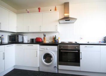 Thumbnail 2 bed flat to rent in Heathfield Road, Earlsfield, London