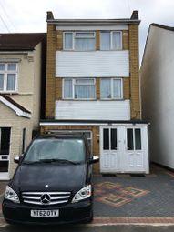 Thumbnail 3 bed flat to rent in Buntingbridge Road, Newbury Park, Ilford
