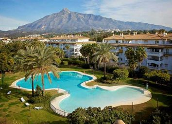 Thumbnail 3 bed apartment for sale in La Dama De Noche, Nueva Andalucia, Costa Del Sol