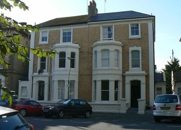 Thumbnail 1 bed flat to rent in Selborne Road, Hove