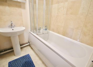 Thumbnail 2 bedroom flat to rent in The Retreat, Southsea
