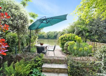 Thumbnail 4 bed property for sale in Chiswick Staithe, Chiswick