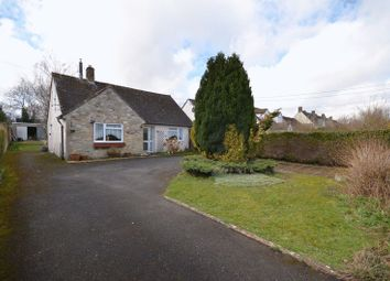 Thumbnail 3 bed detached bungalow for sale in Rock Close, Carterton