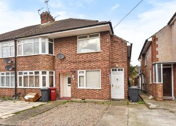 Thumbnail 2 bed maisonette for sale in Slough, Berkshire