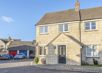 3 bed end terrace house for sale in Witney, Oxfordshire OX28