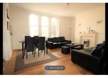 Thumbnail 2 bed flat to rent in Kings Avenue, London