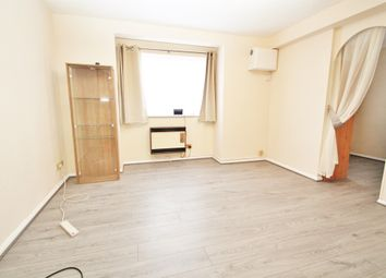 Thumbnail 1 bed flat to rent in 10 Chiltern View Road, Uxbridge, Greater London