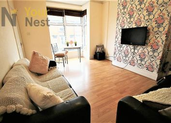 Thumbnail 6 bed property to rent in Trelawn Terrace, Headingley