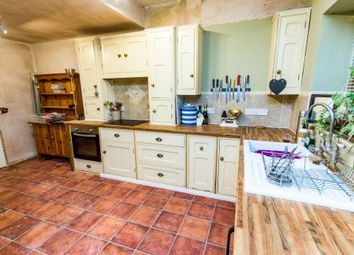 Thumbnail 4 bed detached house for sale in Castle Hill, Welbourn, Lincoln