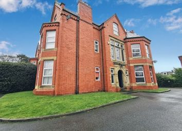2 bed flat to rent in Irlam Road, Manchester M41