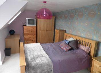 Thumbnail Room to rent in Marina Way, Abingdon