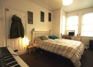 Room to rent in St Johns Road, Gilligham ME7