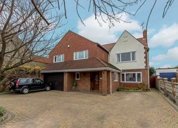 Thumbnail 6 bed property for sale in Benfleet, Essex