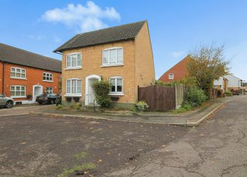 3 bed detached house for sale in Crouch Street, Laindon, Basildon SS15