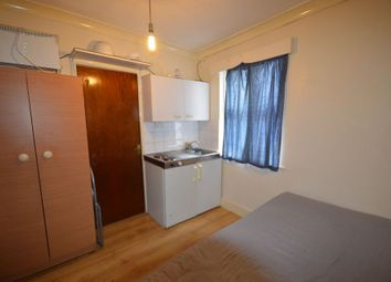 Thumbnail 1 bedroom flat to rent in High Road, Wood Green, London