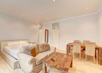 Thumbnail 1 bed flat for sale in Wandsworth Bridge Road, Fulham