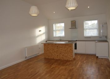 Thumbnail 2 bed flat to rent in Market Street, Builth Wells