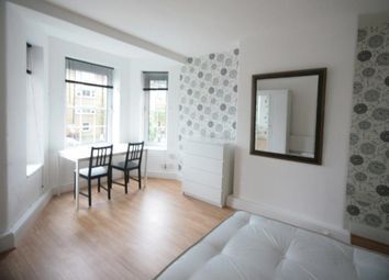 Thumbnail 4 bed flat to rent in Blades House, Kennington Oval, London