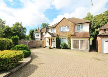5 bed detached house to rent in Craigweil Avenue, Radlett WD7