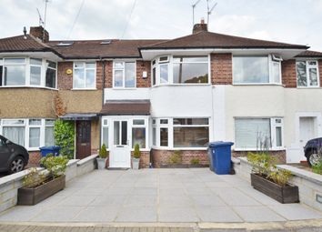 Thumbnail 3 bedroom terraced house for sale in Connaught Avenue, East Barnet