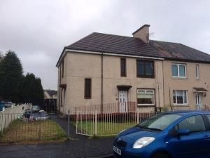 Thumbnail 2 bed flat to rent in Muirhouse Avenue, Newmains, Wishaw