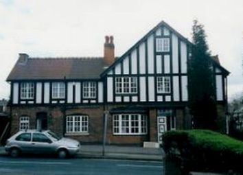 Thumbnail 2 bed town house to rent in Upper Clifton Road, Sutton Coldfield