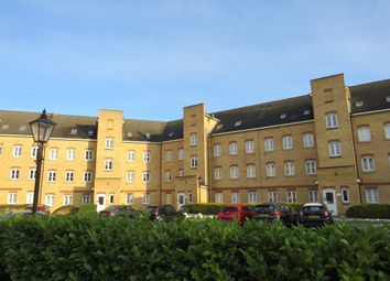 Thumbnail 3 bedroom flat for sale in Gidea Park, Romford