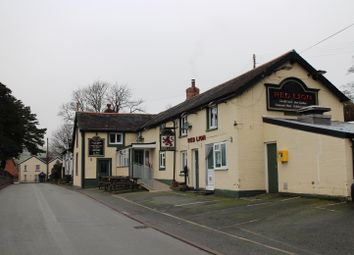 Thumbnail Pub/bar for sale in Caersws, Powys