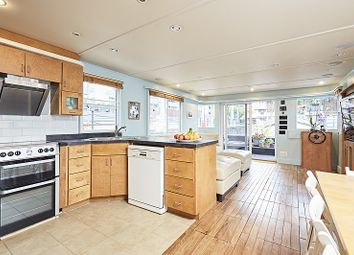 Thumbnail 4 bed houseboat for sale in South Dock Marina Rotherhithe, London