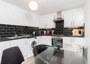 2 bed flat to rent in West Nicolson Street, Edinburgh EH8