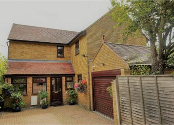 Thumbnail 4 bedroom detached house for sale in Castle Street, Ongar