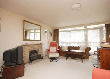 Thumbnail 2 bed property to rent in Hillview Court, Woking
