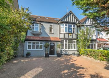 Eagle Lane, London E11. 7 bed semi-detached house