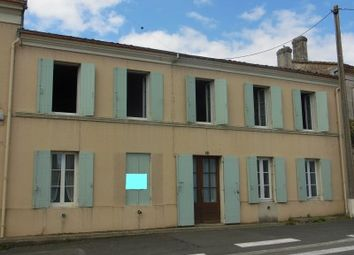 Thumbnail 5 bed property for sale in Blaye, Gironde, France