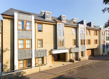 Thumbnail 3 bed flat to rent in Garden Court, Cambridge