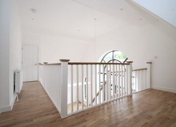 Thumbnail 1 bed flat to rent in 1 Whyteleafe Hill, Whyteleafe