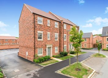 Thumbnail 2 bedroom flat to rent in Flanders Close, Bicester