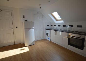 Thumbnail Studio to rent in Flat 11, York Road, Leicester