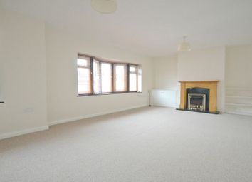 Thumbnail 2 bedroom flat to rent in High Street, Burnham, Slough