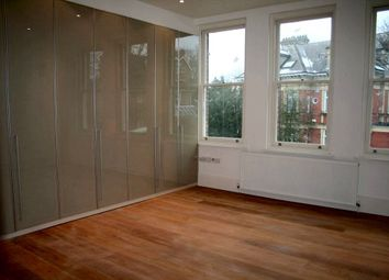 Thumbnail 3 bed flat to rent in Redington Road, Hampstead, London