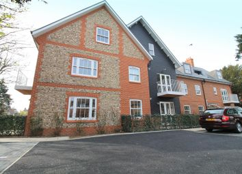 Thumbnail 1 bed flat to rent in Parkfield Road, Worthing