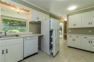 Thumbnail 2 bed property for sale in 94 Indian Rock Road, Connecticut, Connecticut, United States Of America