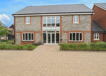 Lendon Grove, Gubblecote, Tring HP23. 5 bed detached house