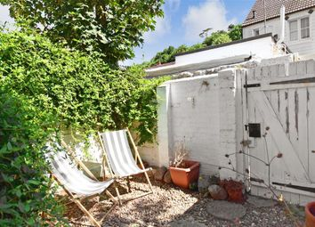 2 bed end terrace house for sale in Timberyard Cottages, Lewes, East Sussex BN7