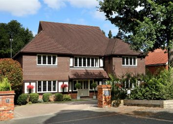 Thumbnail 5 bedroom detached house for sale in Maplewood Gardens, Beaconsfield