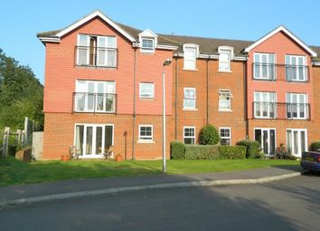 Thumbnail 2 bedroom flat to rent in Brookers Road, Billingshurst