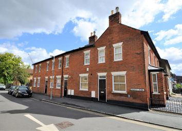 Thumbnail 1 bed flat to rent in Langley Road, Watford