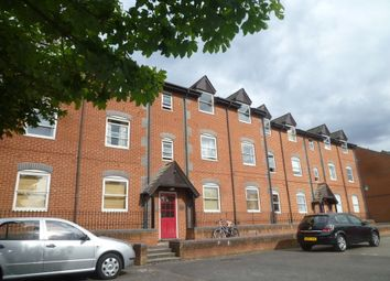 Thumbnail 1 bedroom flat to rent in Dale Road, Reading